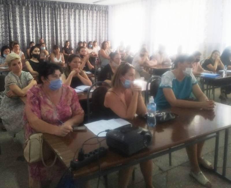 Встреча с родителями в Чадыр-Лунгском лицее им. Губогло по вопросам подготовки к 1 сентября в контексте эпидемиологической ситуации