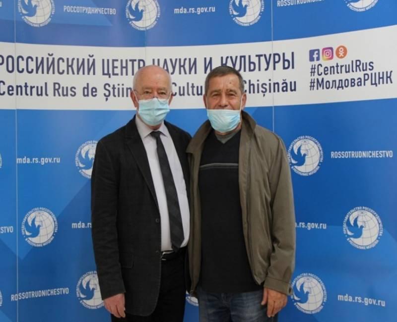 Учитель гимназии села Баурчи Дмитрий ПАМУЖАК стал победителем «Тотального диктанта - 2020»
