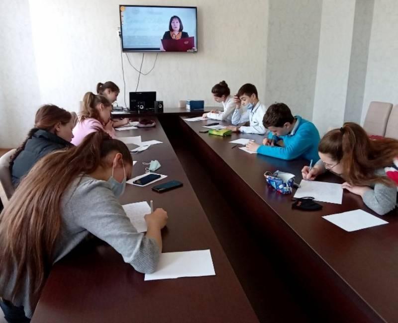 Genel Diktant Gagauz Dilindä: предварительные итоги