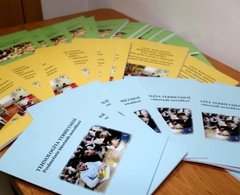 Учителя, преподающие  «Изобразительное искусство»  и  «Технологическое воспитание»  на гагаузском языке, получили специальные надбавки к заработной плате